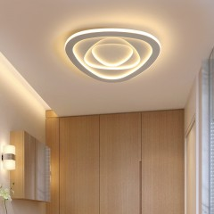 新款创意卧室灯现代简约吸顶灯LED北欧温馨浪漫现代灯具